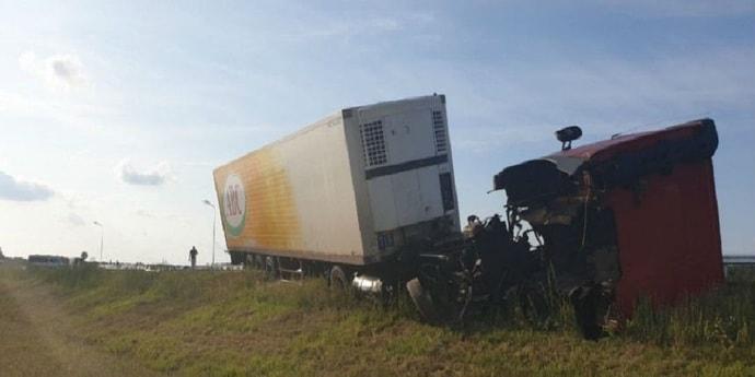 Еще одно ДТП на гродненской трассе: погиб молодой водитель фуры, в которую врезалась легковушка