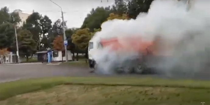 МАЗ загорелся прямо на ходу(видео)