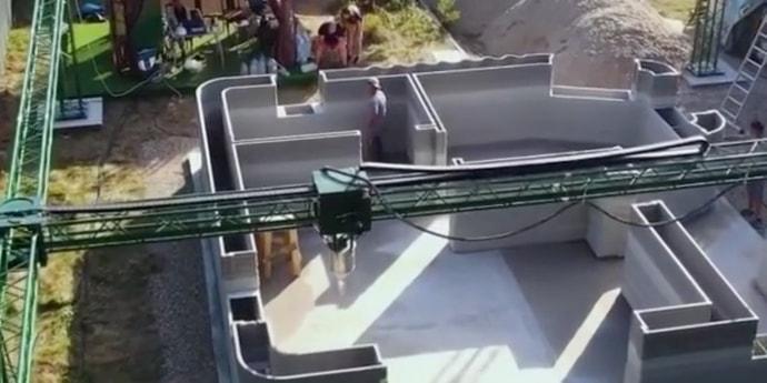 Под Ярославлем начали «печатать» поселок на 3D-принтере. Цена домов — $270 за «квадрат»