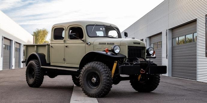 В США продали очень крутой вариант классического Dodge Power Wagon