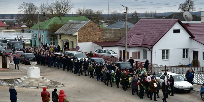 Стала известна дата рассмотрения дела по нападению на школу в Столбцах. Могут ли назначить подростку смертную казнь или пожизненное заключение?(дополнено)
