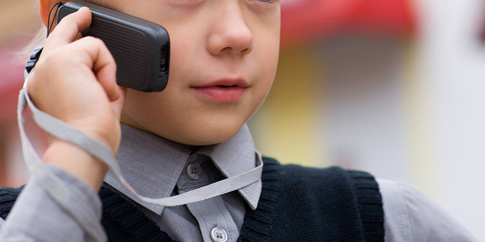 Мальчик случайно набрал не тот номер и вызвал проституткук фото 172-789