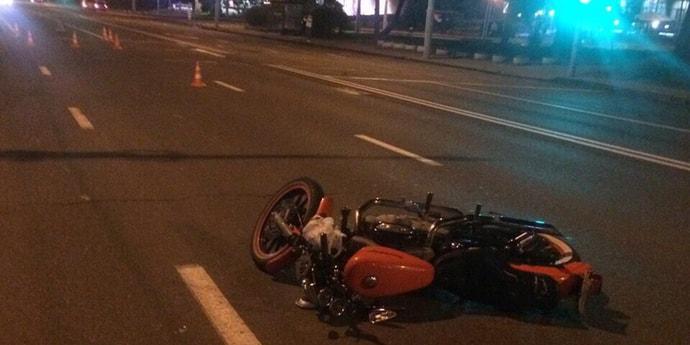 На Немиге мотоциклист сбил пешехода
