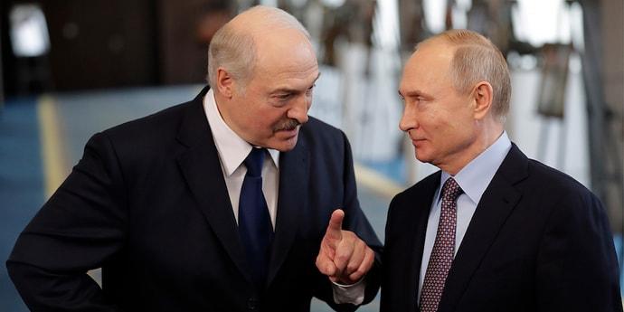 События четверга. Встреча Лукашенко и Путина, лосиха застряла в колючей проволоке на границе с Литвой