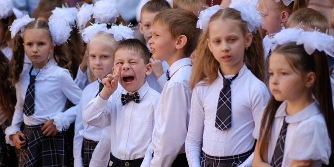 Чиновники объявили, сколько стоит собрать ребенка в школу