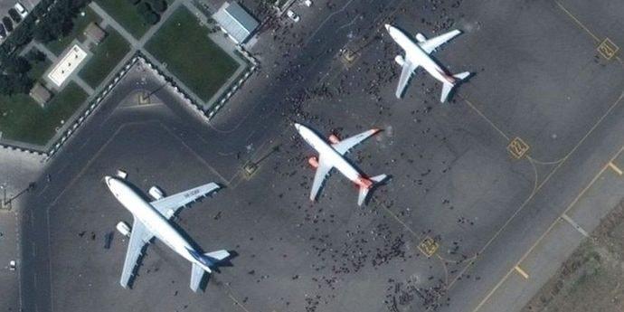В Беларусь прибыла российская военная авиация, МВД не ждет наплыва беженцев из Афганистана(дополнено)