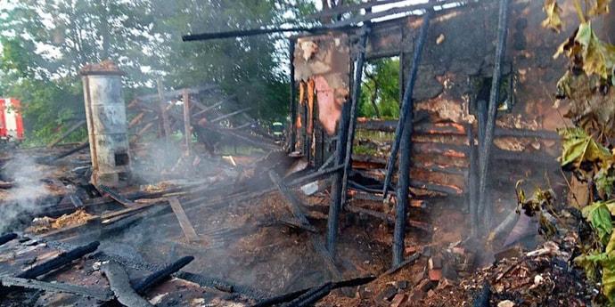 В Витебской области при тушении здания погиб спасатель