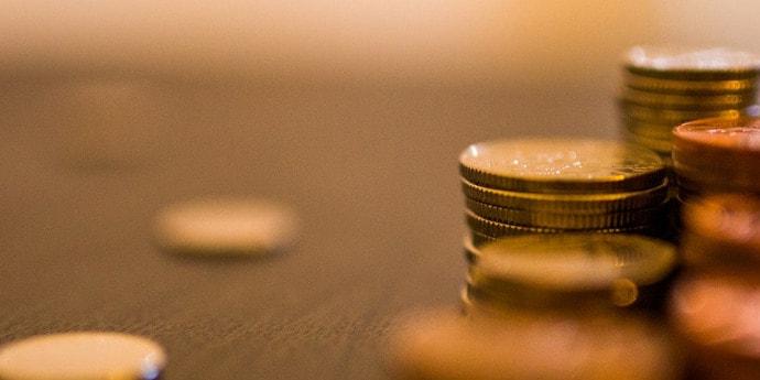 Специалист по кредитам из Слонима завладела полумиллионом рублей