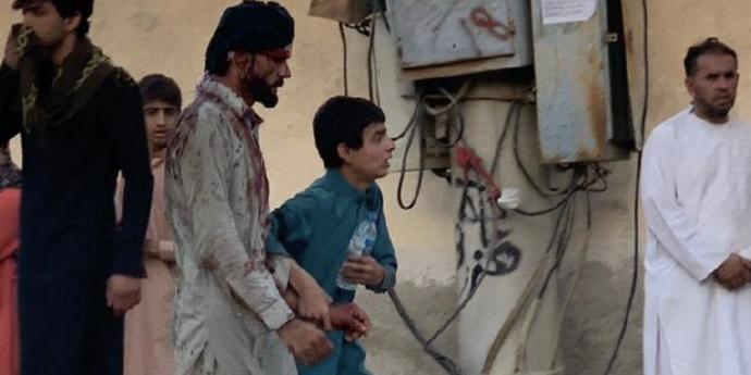 Теракты в Афганистане: больше тысячи пострадавших и рука ИГИЛ. Америка намерена найти и убить виновных