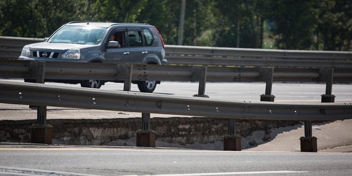 Стройорганизации объяснили, почему сломался мост в Лошице и зачем ремонт продлили до ноября