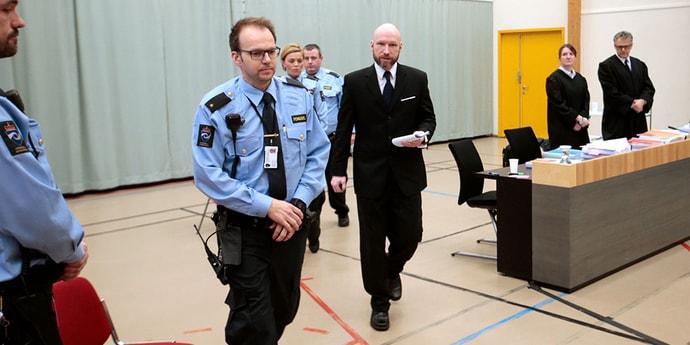 Суд рассмотрит досрочное освобождение Брейвика, устроившего в Норвегии теракты с 77 жертвами
