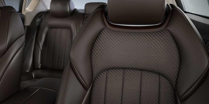 Вот это поворот! В Maserati придумали «тканевую» отделку салона кожаными нитями