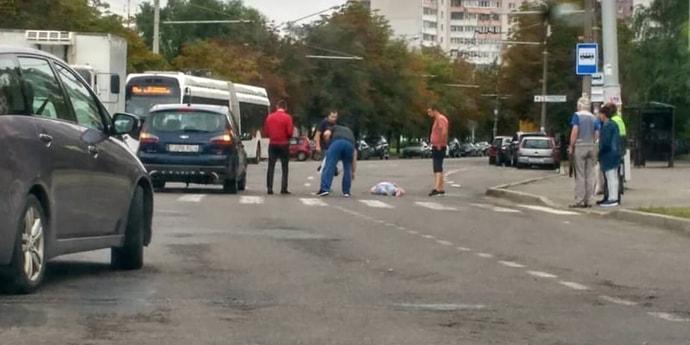 На улице Асаналиева водитель сбил женщину на переходе