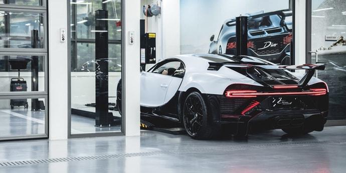 В Сингапуре открылся первый шоурум Bugatti
