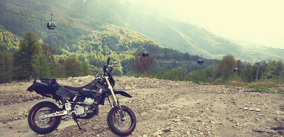 По Сочи на байке: шесть отличий местного мотоколорита от Минска
