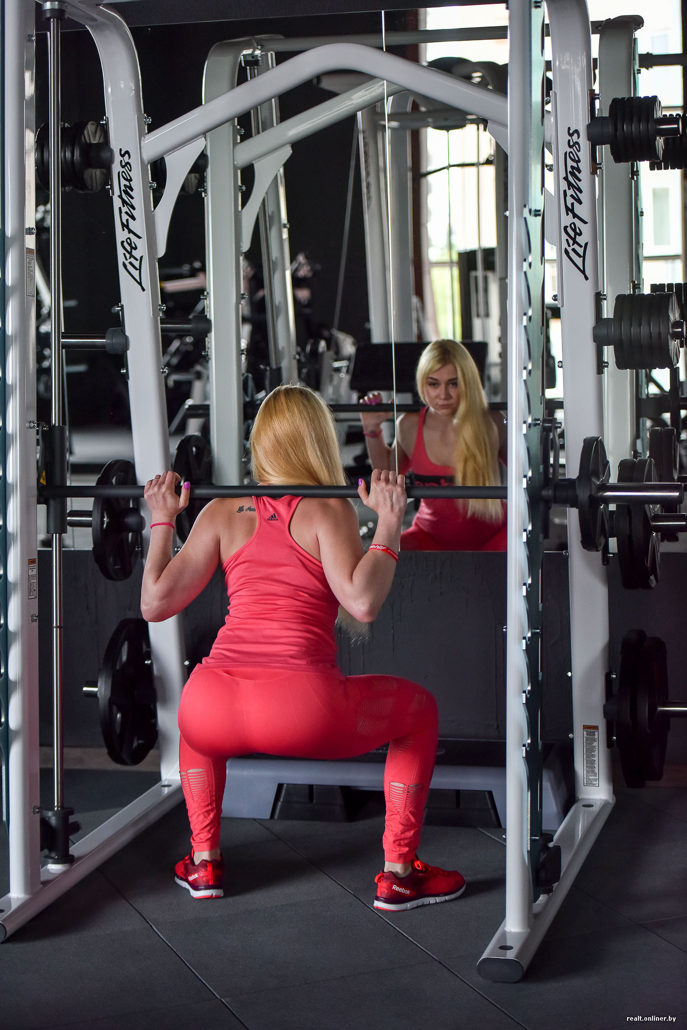 9276397732fd Начали изучать топовые марки фитнес-оборудования, посещали Россию и Европу.  В итоге решили выбрать тренажеры американской компании Life Fitness.