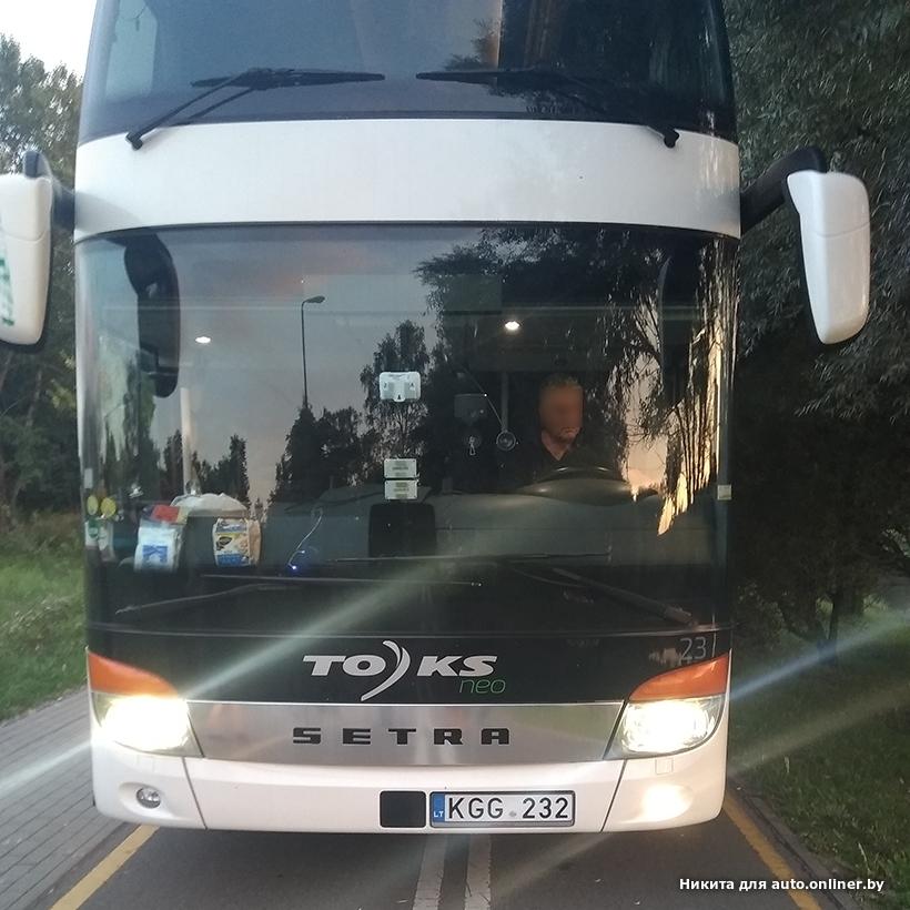 СМИ: фирма-перевозчик навсегда распрощалась с водителем литовского автобуса, проехавшего по велодорожке в Минске