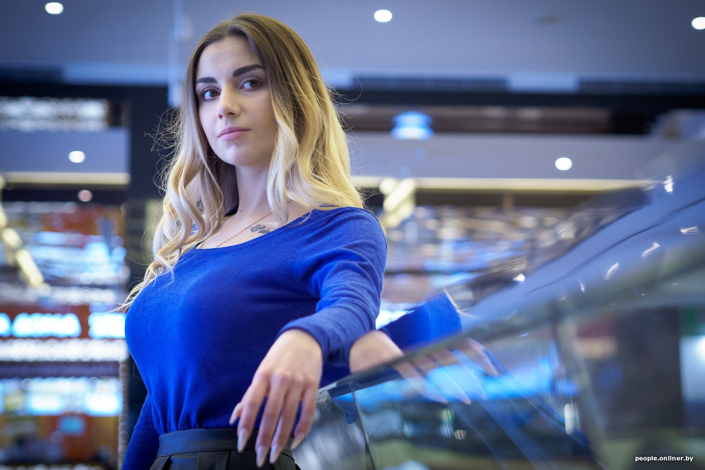 Paola Stripping – Паола Стрипинг – дерзкая звезда стриптиза с голыми сиськами порно звезда