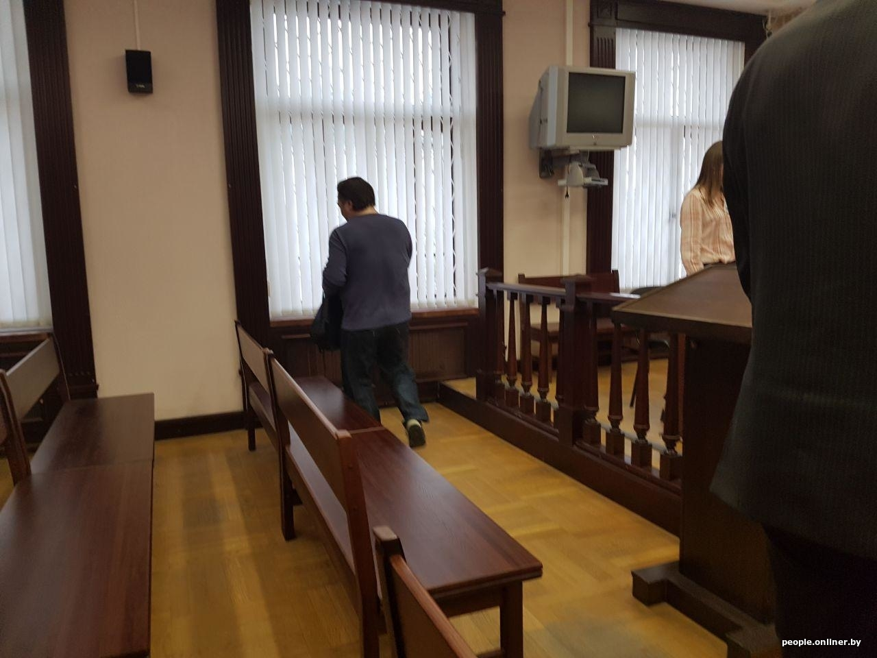 Москва ломбард суд кия соренто автосалон москва
