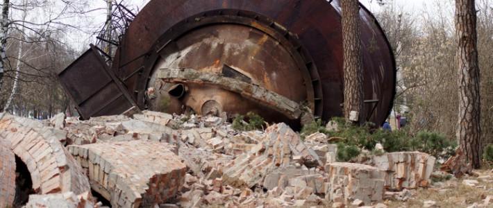 Как взрывали старую водонапорную башню в Бресте (фото ...: https://realt.onliner.by/2012/03/15/brest-9