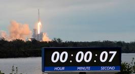 SpaceX отправила грузовик Dragon к МКС