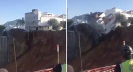 В Мексике четыре жилых дома сползли в котлован, вырытый для ТЦ. Есть жертвы
